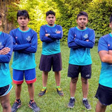 Atletas de Bekw yâs Güilá listos para la Tepec Trail